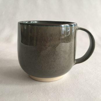 Tasse gris vert céramique grès